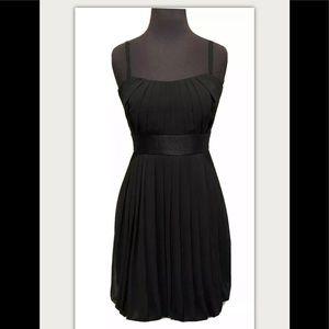 Black House White Market Sz 4 Pleated front Dress